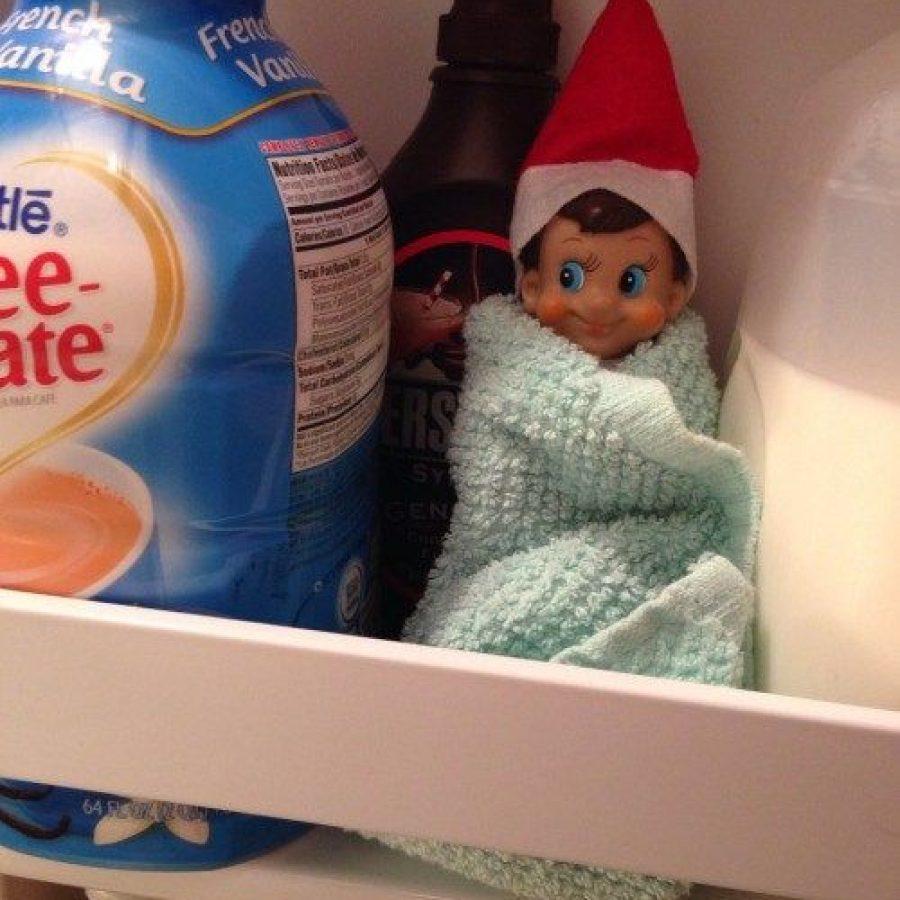 Elf on the Shelf y las mejores travesuras en el frigorífico.